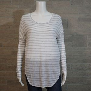 Banana Republic Super Dolman Split Hem Shirt Top